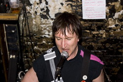 Ghirardi Music, News and Gigs: Menace - 26.3.11 12 Bar Club, Soho, London